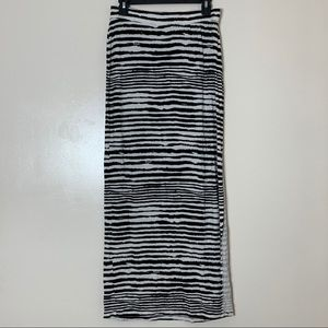 Dalia Collection Striped Maxi Skirt with Slit | M